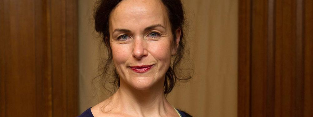 Découvrir le roman «L'impossible Madame Bébé» avec son auteure, Agnès Desarthe.